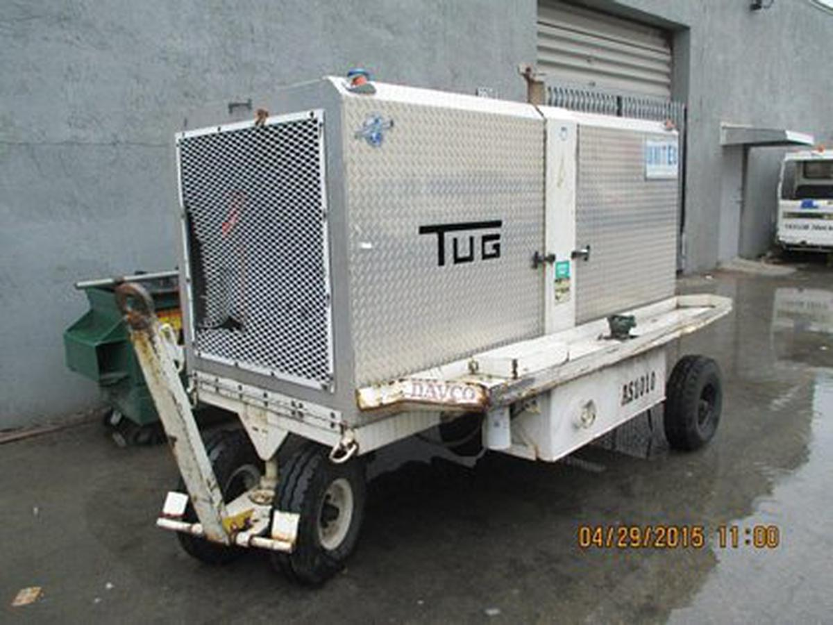 2004 Tug Mfg AS-100