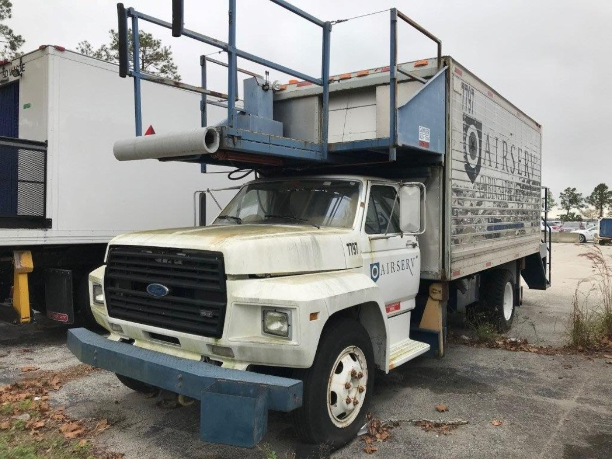 Cabin Service Truck Ford/Hi Way-F-600