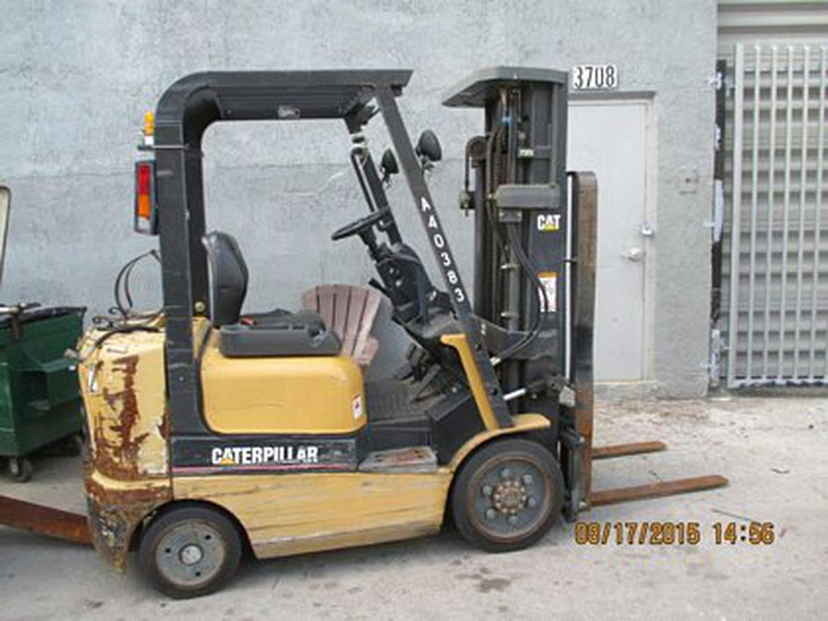 2003 Caterpillar GC20K