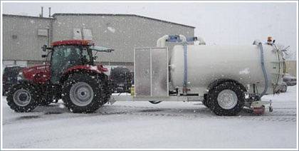 NexGen-T-2800 Mobile De-Icing Fluid Collection Unit with Tractor