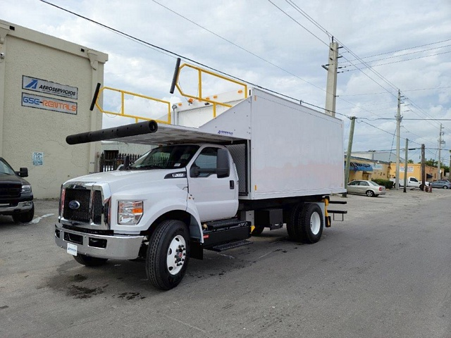 Catering Truck Ford/Hi Way F-650/ CT-16