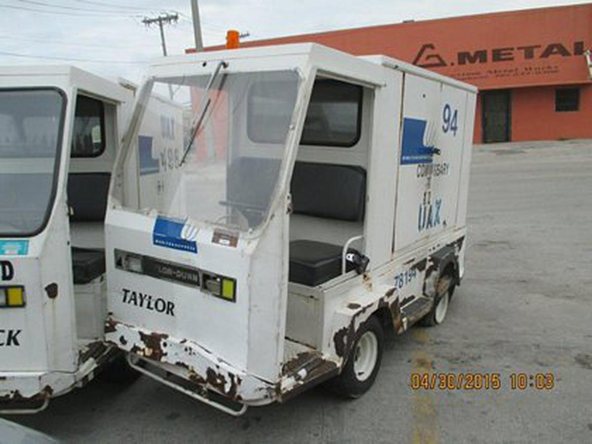 Utility Vehicle Taylor Dunn/ B2-48-TT
