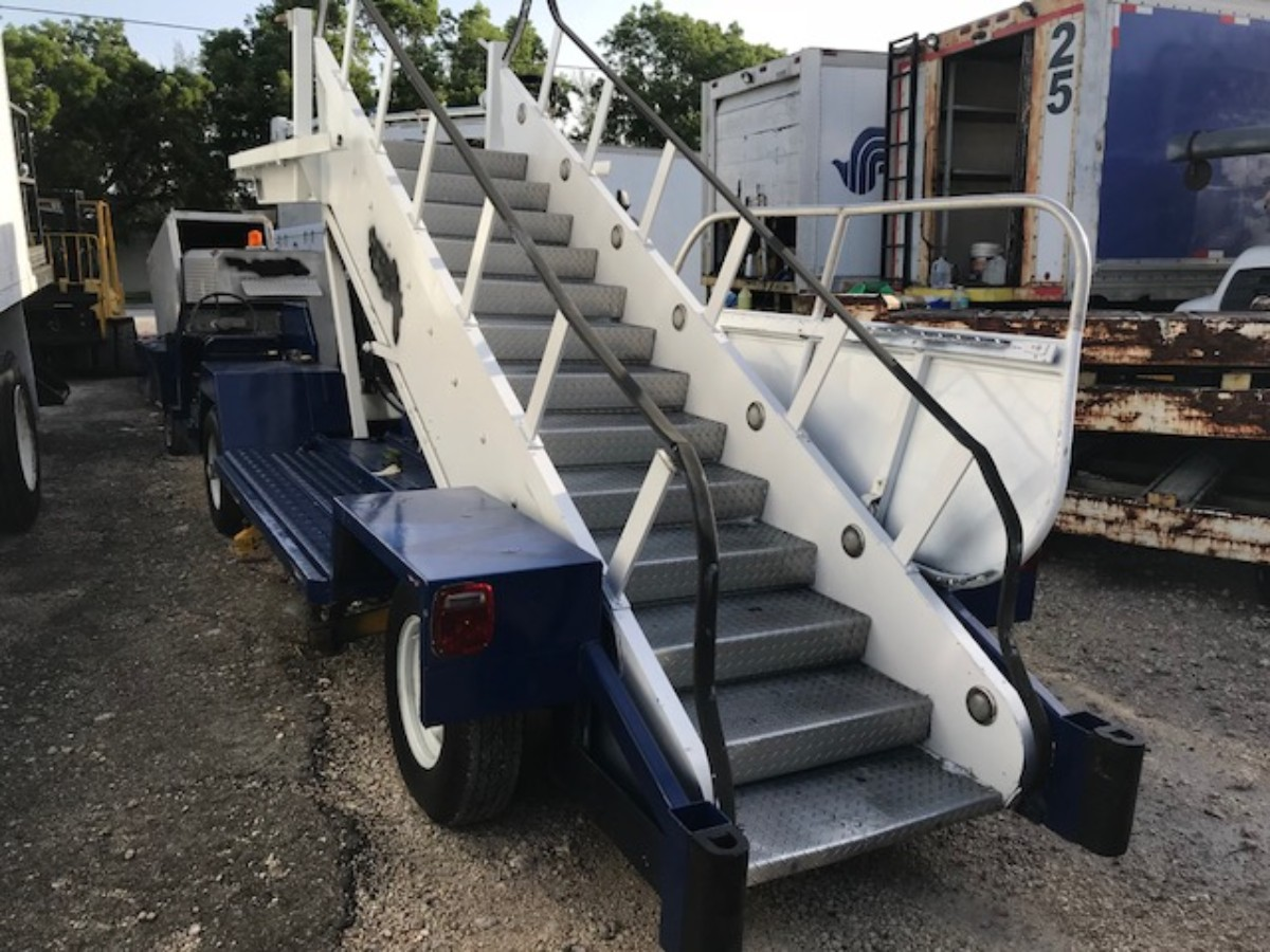 Motorized Passenger Stair Wollard/TLPH 310 - 96/114 in