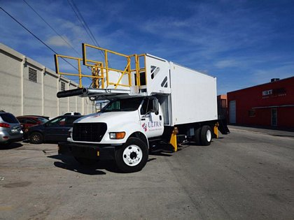 Cabin Service Truck Ford/Global Ground Support F-750 / 1SB210