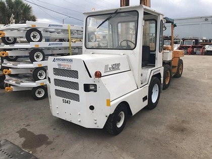 Baggage Tractor United Tractor SM340D-5